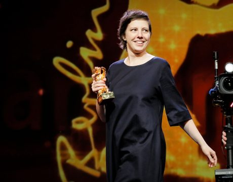 Adina Pentilie Goldener Bär Touch Me Not