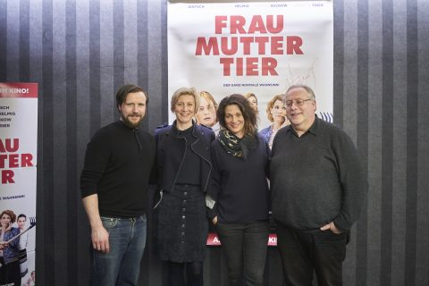 Frau Mutter Tier - 2019 Premiere im Bambi